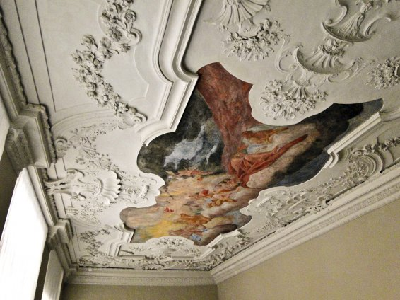 Historical ceiling fresco - Hotel Anno 1216