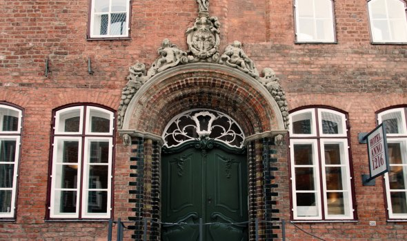 Renaissance portal and Rococo entrance door