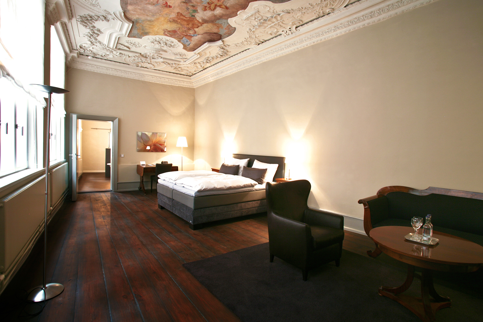 Exclusive Suites Hotel Anno 1216 In The City Of L 252 Beck